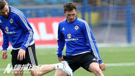 法罗群岛在欧洲杯预选赛中主场面对北爱尔兰